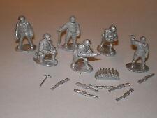 Early War 20mm (1/72) Italian Artillery Crew (6 Man)