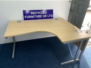 1600mm radial desks (left And Right In Stock) 7 In Stock £99 Each