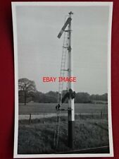 PHOTO  SIGNAL - LBSCR DOWN HOME SIGNAL FAYGATE 20/5/56