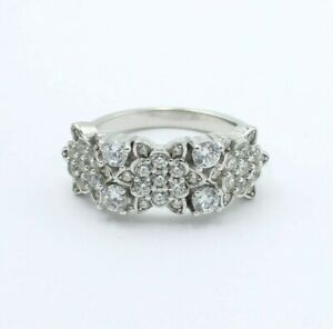 925 Sterling Silver Ladies Ring Size  L M Wide Daisy Cluster