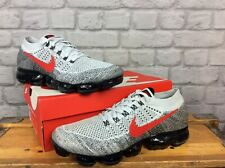 NIKE MENS UK 10 EU 45 PURE GREY RED VAPORMAX FLYKNIT TRAINERS *RARE*