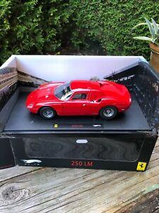 Roter Ferrari 250 LeMans von Hot-Wheels Elite 1/18 in OVP Top-Zustand