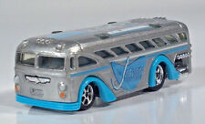 "Hot Wheels Jetsons Surfin' School Bus 3.25"" Die Cast Scale Model Blue Silver"