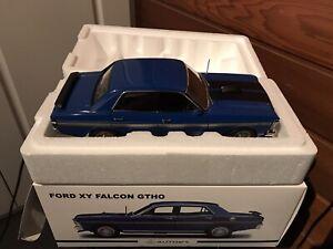 1:18 Biante XY GTHO Falcon Rothmans Blue Gold Stripes, Black Trim With Brochure