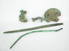 5 éléments objets de fouilles outils bronze archéologie Archaeological artefact