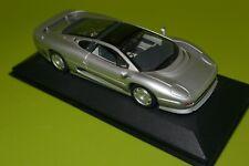 Minichamps Jaguar XJ220 Silver 1992 430 102222 (3)