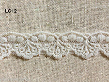 LC12 vintage cream dot peacock tail scallop cotton lace trim 2.5 cm x 1 yard