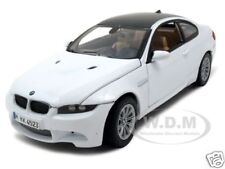 BMW M3 E92 COUPE WHITE 1:24 DIECAST MODEL CAR BY MOTORMAX 73347