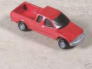 N Scale 2000 Red Dodge Ram Pickup