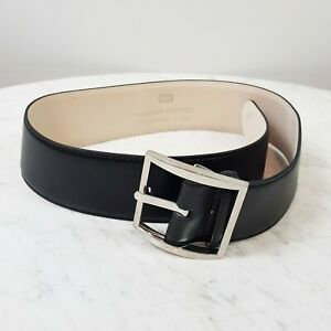CUE Womens Size S or 10 Genuine Leather Black Belt - used once
