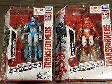 Netflix Transformers War for Cybertron Elita-1 and Chromia
