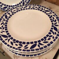 White Dinner Plates Blue Tile Accents Pier 1 Set Of Four