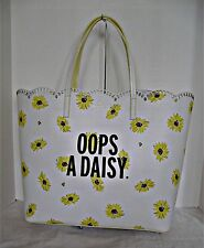 KATE SPADE  - Scalloped Len - Down The Rabbit Hole - Oops A Daisy