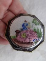 VINTAGE GONE WITH THE WIND COURTING SOUTHERN BELLE MAN ENAMEL GUILLOCHE COMPACT