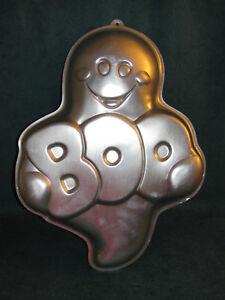 """1998 Wilton Halloween """"BOO"""" Ghost Cake Pan - 2105-1031"""
