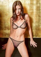 PHOTO / PICTURE OF LISA SNOWDON 29