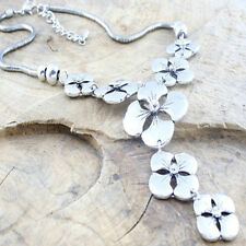 Metal Flowers Drop Necklace with Facetted Rhinestones on a Snake Chain