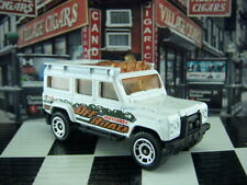 '16 MATCHBOX LAND ROVER DEFENDER 110 LOOSE 1:64 SCALE