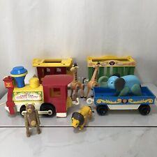 Vintage Fisher-Price Circus Train And Animals 4 Cars Lion Bear Giraffe