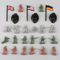 300Pcs Military Plastic Toy Soldiers Army Men 1:72 Figures in 12 Poses w/Flags