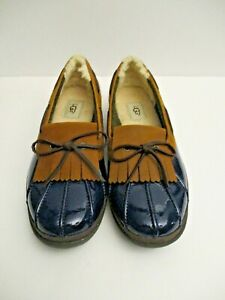 UGG Australia Shearling Lined Navy and Tan Leather Duck Shoe woman's size 10