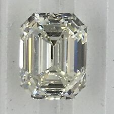 Emerald Platinum Not Enhanced VVS1 Diamond Engagement Rings