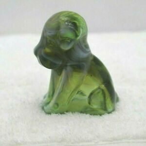 GREEN AMBER GLASS POOCH POOCHE DOG FIGURINE PAPERWEIGHT  BOYD  COLLECTABLE