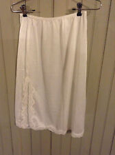 Vintage mel-lin white 1/2 slip with lace hem - size med with d