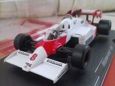 Voitures de courses miniatures IXO pour McLaren 1:43