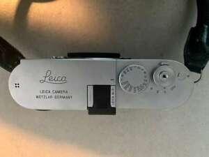 Leica M240