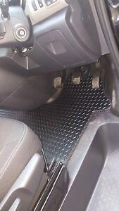 Vauxhall vivaro van (2014-date) new black rubber tailored car floor mats.