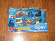 NIP Disney PIXAR FINDING DORY SWIGGLEFISH 6 Pack Character Set Rolls & Wiggles