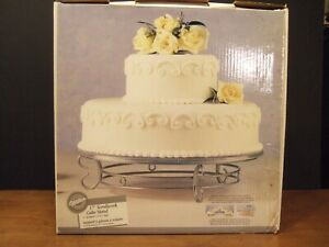 "Wilton 17"" Scrollwork Wedding Cake Dessert Display Stand Vintage Silver 307-884"