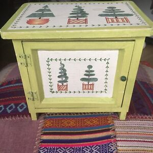SHABBY CHIC WOODEN BOX IN SHAPE OF CHEST EX CON RETRO VINTAGE SEE PHOTOS