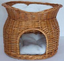 Trixie 2874 Katzen Weidenkorb mit Liegedach und 2 Kissen, 54 × 43 × 37 cm