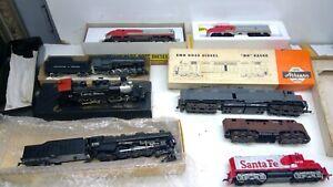 LOT OF 8 HO Locomotives FOR PARTS // REPAIR (L15)
