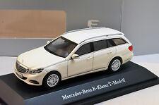 Kyosho Mercedes E-Class Estate S212 white metallic 1:43