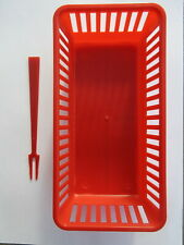 New 6 Red Multi-use Mini Plastic Food Basket Containers & 600 Red Party Forks