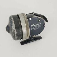 Vintage Shakespeare Wondercast Model No. 1775 Push Button Spincasting Reel