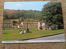 JUDGE.POSTCARD. OF N.YORKSHIRE MOORS,HUTTON-LE-HOLE ON THE GREEN .NOT POSTED