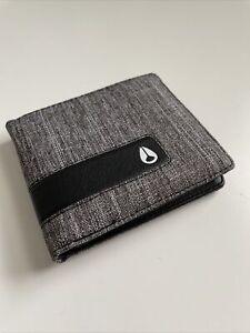 New Nixon Surfer Skater Street Style Designer Mens Bi Fold Wallet Gray/Black