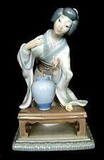 Lladro Flower Arranger Oriental Geisha Japanese Woman Glazed Missing Flowers  D2