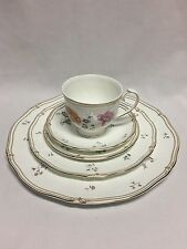 Wedgwood Rosemeade 5 Piece Place Setting