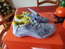 "Women's Nike Metcon 5 AMP Shoes CJ0819-407 - Hydrogen Blue ""Passport"""