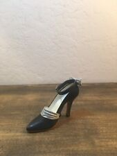 1999 Just The Right Shoe Raine Willitts Tuxedo Shoe 25071
