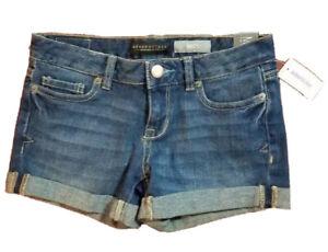 """Aeropostale Denim Jean Shorts Midi Womens Jr 00 Medium Wash Cuff Rolled 3.5"""" NWT"""
