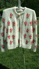 Handmade knit wool vintage ivory Floral Cardigan Sweater  Size S/M. Mint RARE