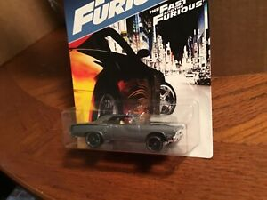 Dom's 70 Plymouth Road Runner grey  2017Hot Wheels Fast & Furious 1/64 #35