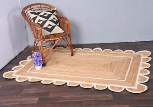 rectangle rug beige colour with white border scalloped rug best quality jute rug