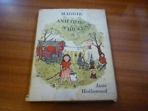 MAGGIE AND THE CHICKENS BY JANE HOLLOWOOD 1ST EDITION HARDBACK 1967